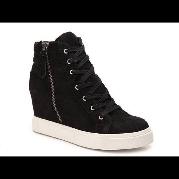 59f49ac0c9e Steve Madden Lynn Wedge Sneaker sz 11. M 5b646be503087cefb5557160